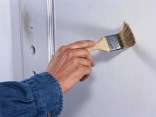 Способы грунтовки стен в комнате
