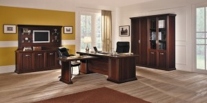 Прозрачные двери в офис и их применение