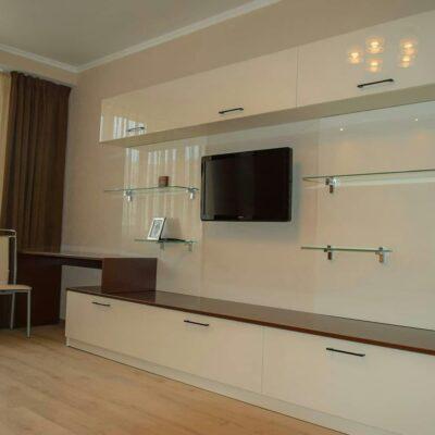 Косметический ремонт квартиры в доме 83 серии