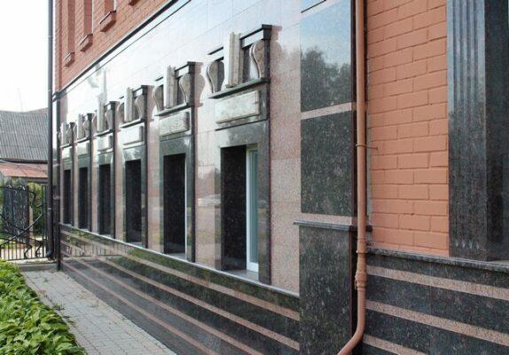 """Фасады из гранита от компании - """"Ремонт квартир Владивосток"""""""